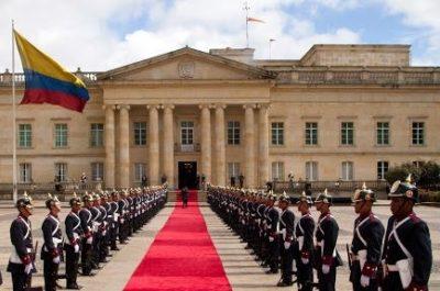 protocolo oficial y diplomático esspec